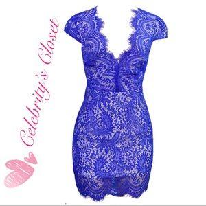 BNWT Royal Blue 🦋 Lace Deep V Lined Dress Sz 4